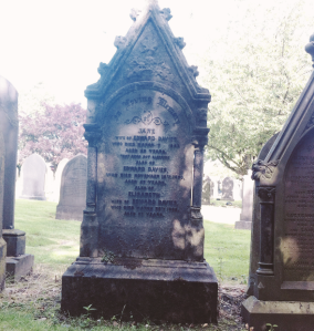 Grave of Edward, Jane and Elizabeth Davies. (Source: Own Photograph)